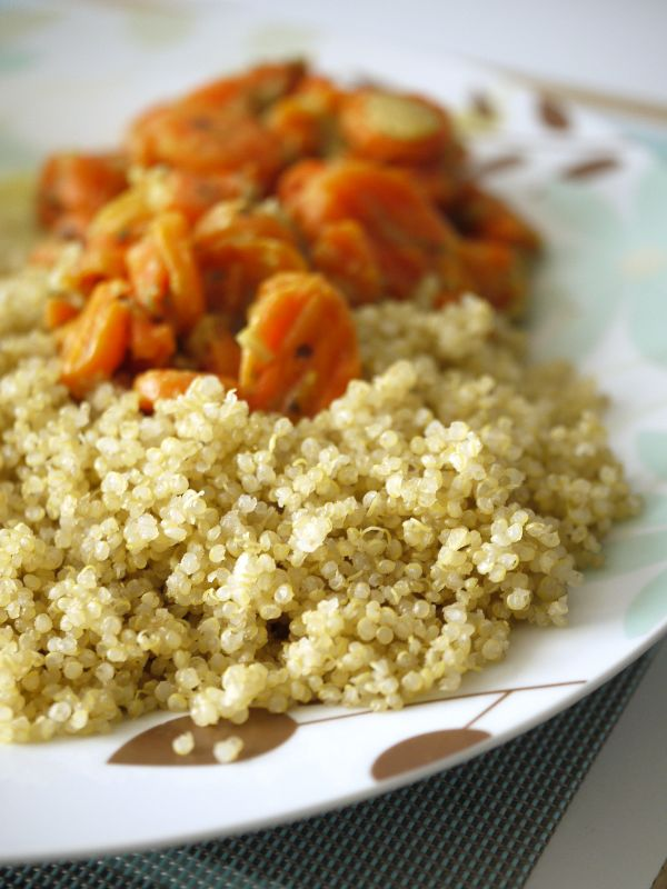 Quinoa salad with tomatoes