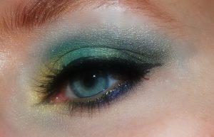 makeup-402533_1280