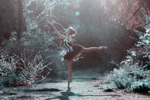 ballet-pose-1725207_1920